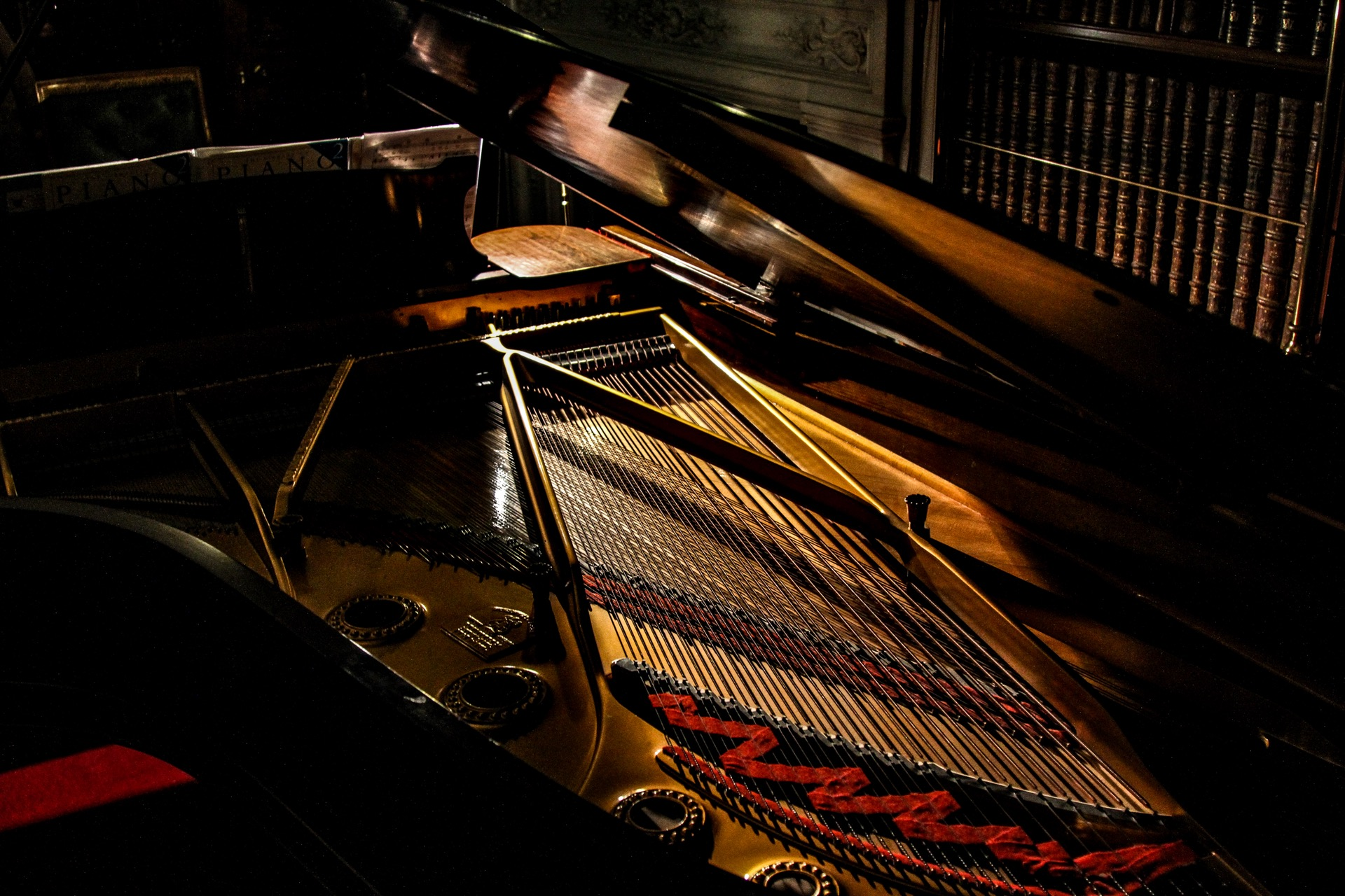 theme-calm-reflection-classical-shadow-strings-71690